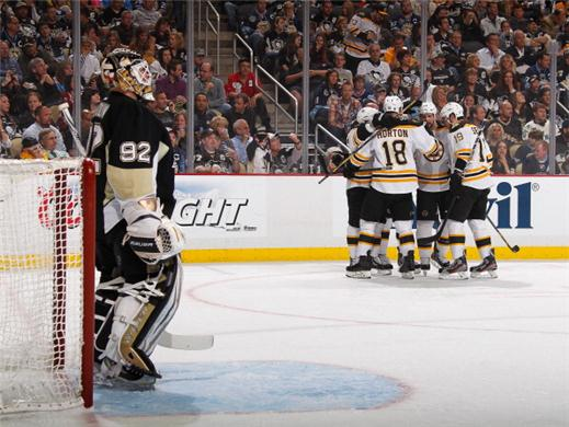 Boston-Bruins-thrash-Pittsburgh-Penguins-6-1-to-take-2-0-Lead-NHL-Eastern-Conference-Finals-2013-216216
